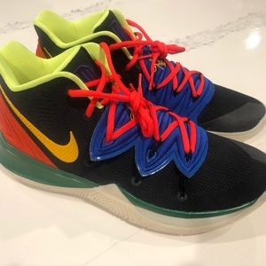 Kyrie Irving size 10.5 shoes